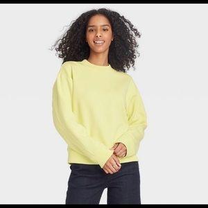 NWT A New Day Fleece Sweatshirt in Size Medium